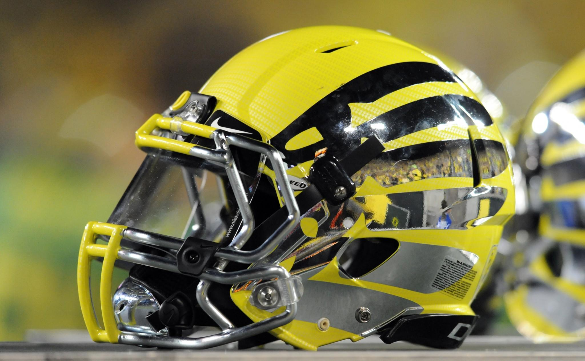 Oregon strength coach suspended following hospitalization of players