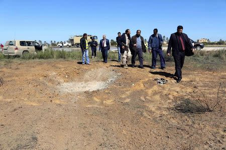 Libya forces carry out second day of rival air strikes on airports
