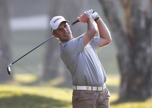 David Higgins leads Hong Kong Open by 1 shot