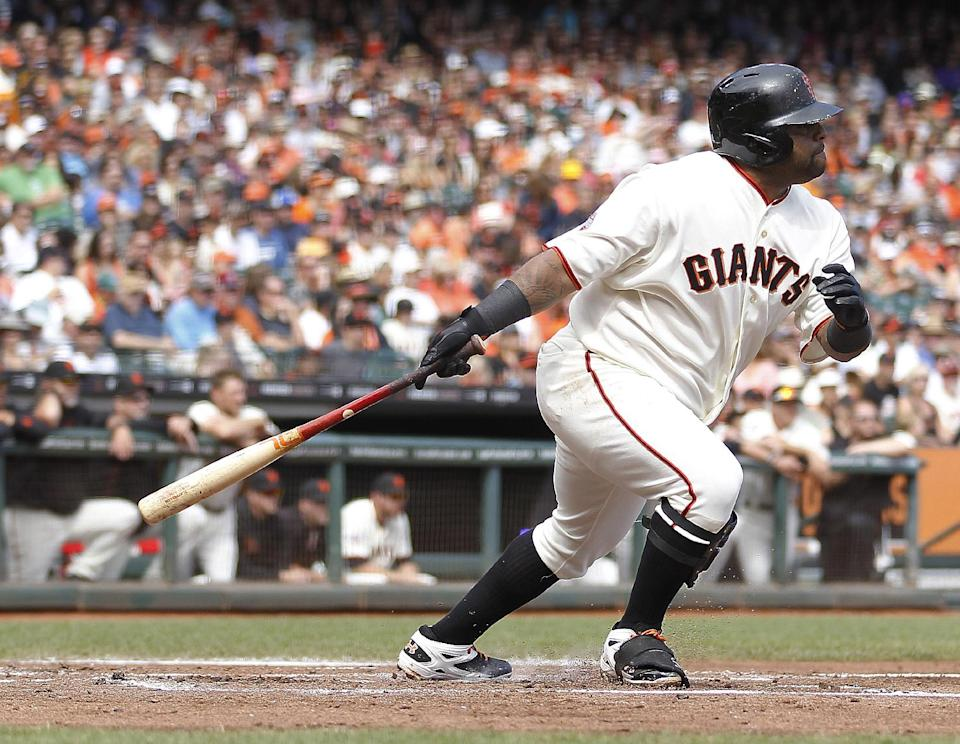 Pence drives in 3 in Giants 7-6 win