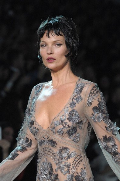 Kate moss para louis vuitton en la paris fashion week