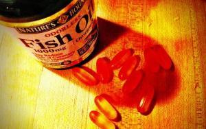 Is Fish Oil Really Snake Oil?; Castrated Men Live Longer
