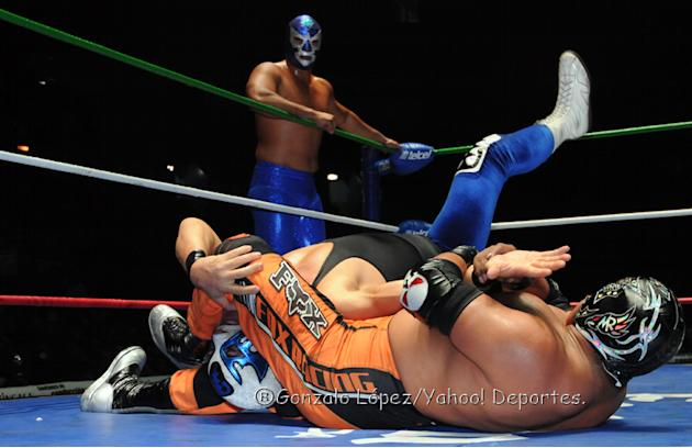 Campeonato-Mundial-de-Parejas--Atlantis-vs-Mr--Niebla