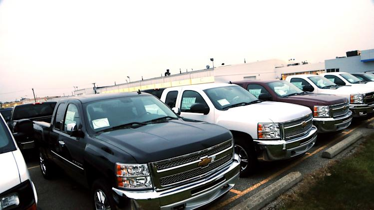 GM boosts pickup truck deals to shed inventory