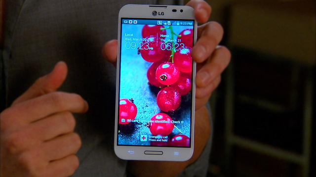 Unboxing the LG Optimus G Pro