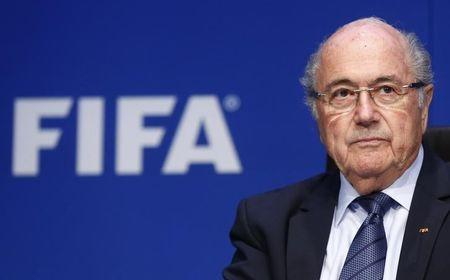 FIFA scandal deepens as Blatter aide linked to payments