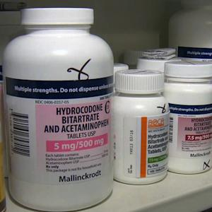 Doctors should be cautious when prescribing addictive pills, ACP reports