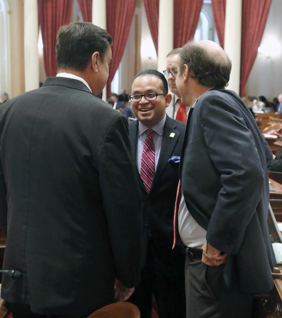 Bill would give Calif. among highest minimum wages