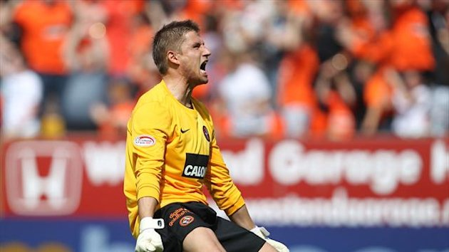 Radoslaw Cierzniak has signed a new deal with Dundee United