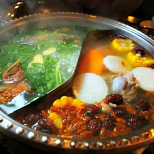 Why do Malaysians love steamboat?