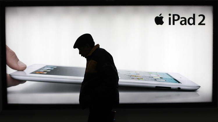 Apple issues apology following attacks in China