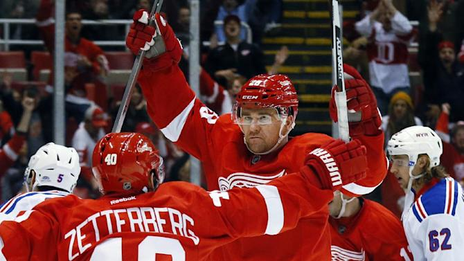 Zetterberg back on the ice for contending Red Wings
