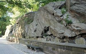 Lost in Central Park? Rocks Guide the Way