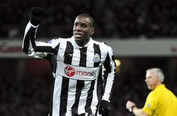 Chelsea completes signing of Newcastle striker Demba Ba on three-and-a-half-year deal