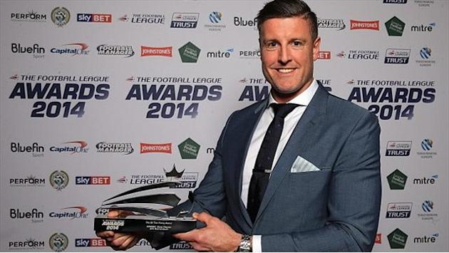 Football - Fletcher honoured at awards