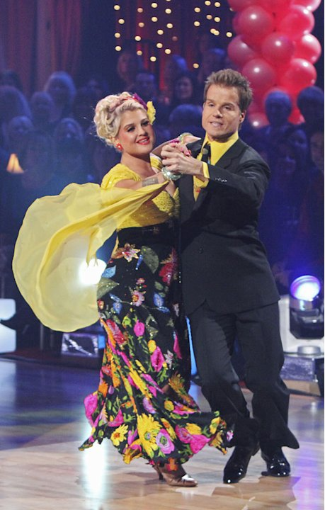 Louis Van Amstel and Kelly&nbsp;&hellip;