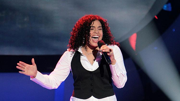 Jordin Sparks performs as one of the top 9 contestants on the 6th season of American Idol.