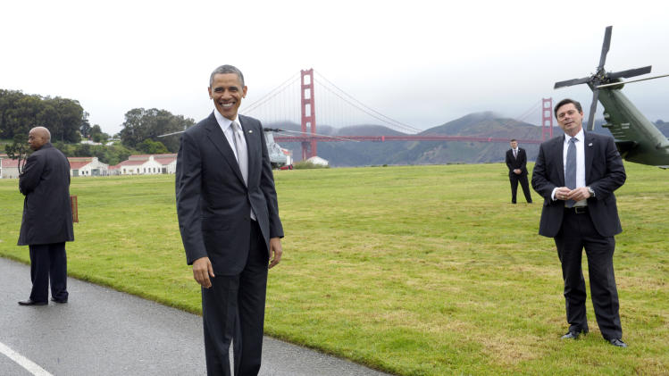 Obama raises California cash for Democrats