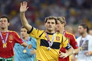 Casillas breaks record with nine consecutive successful clean sheets for Spain