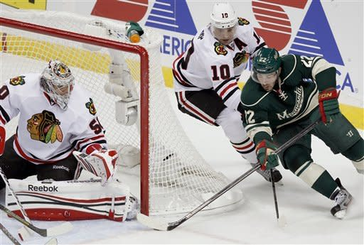 Cullen, Wild hand Blackhawks 1st loss, 3-2