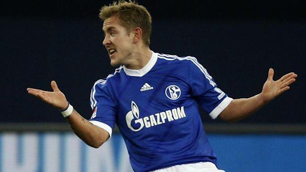 Schalke 04's Lewis Holtby reacts (Reuters)