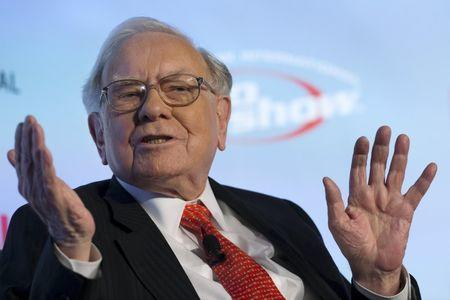 Berkshire's Buffett says Grexit 'may not be bad' for euro zone - CNBC