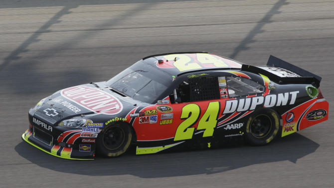 Jeff Gordon drives during the NASCAR Sprint Cup Series auto race at Chicagoland Speedway in Joliet, Ill., Sunday, Sept. 16, 2012. (AP Photo/Nam Y. Huh)