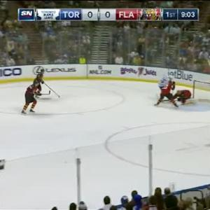 Roberto Luongo Save on James van Riemsdyk (11:00/1st)