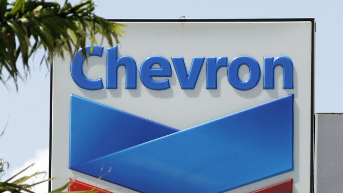 Lower production, prices hurt Chevron 3Q profit