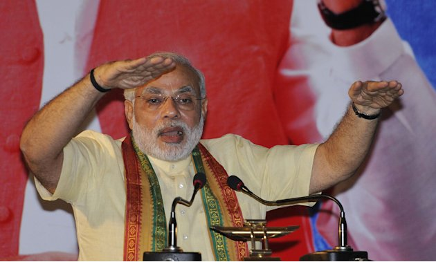 Narendra Modi Address Business Chambers In Kolkata