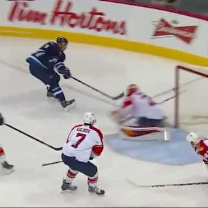 Evander Kane scores on a quick release