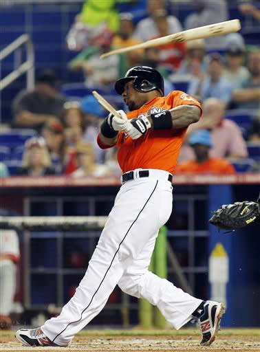Ramirez homers, Marlins win 5-2 to sweep Phillies
