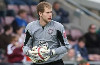 Liverpool recall Peter Gulacsi from loan spell at Hull City