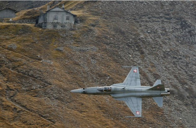 A Swiss Air Force Northrop F-5E Tiger II fighter jet performs during a flight demonstration of the Swiss Air Force over the Axalp