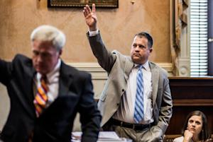 South Carolina Lawmakers Debate Removing The Confederate…