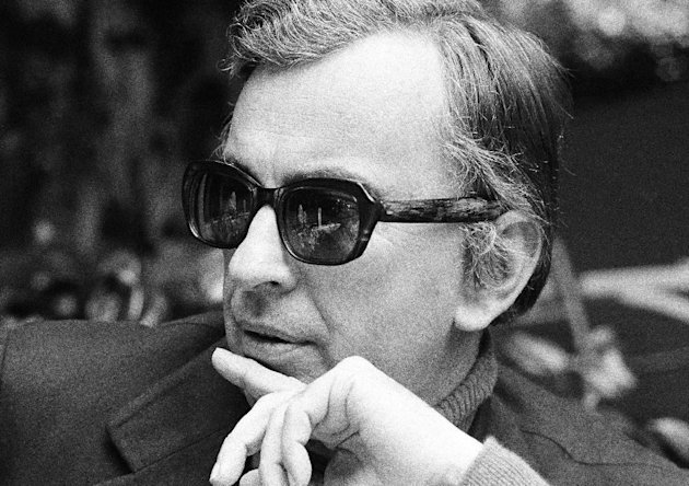 FILE - In this Dec. 9, 1974 file photo, author Gore Vidal tosses barbs in all directions as he discusses Hollywood unions, politics, lecturing and publicizing books during an interview in Los Angeles. Vidal died Tuesday, July 31, 2012, at his home in Los Angeles. He was 86. (AP File Photo)
