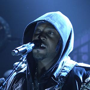 D'Angelo's SNL 'Charade' Has a Social Message