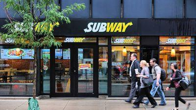 Man Robbed a Subway, Then Crossed the Street to Eat at Potbelly