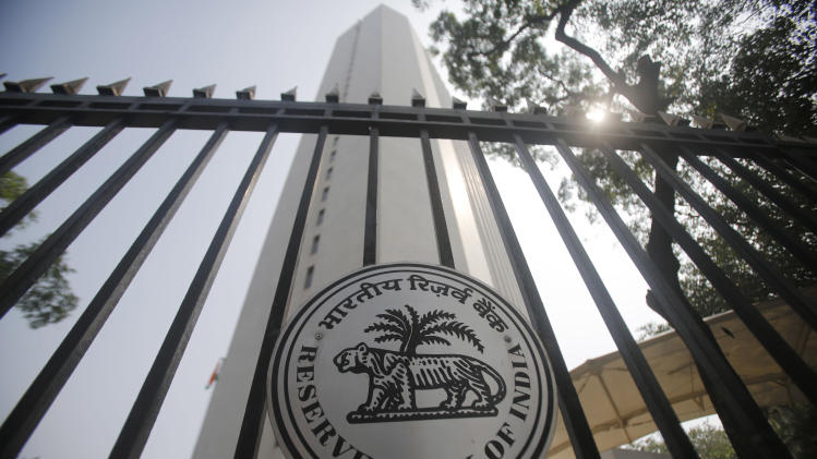 India central bank hikes rate to fight inflation