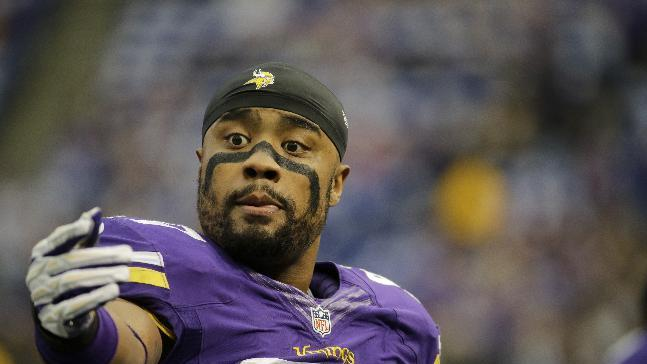 AP sources: Vikings agree with Griffen, Brinkley
