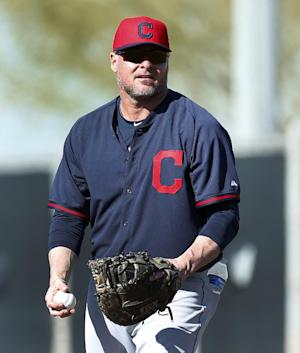 Indians' Jason Giambi sidelined by broken rib