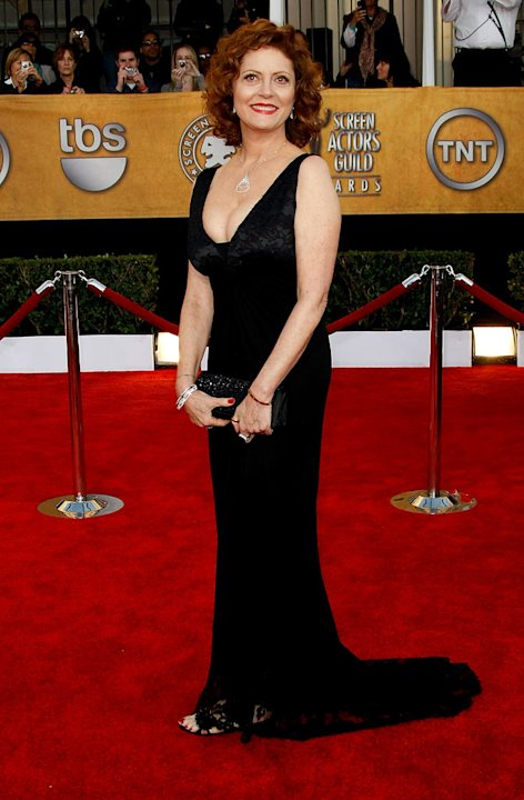 Susan Sarandon arrives at the 15th Annual Screen Actors Guild Awards held at the Shrine Auditorium on January 25, 2009 in Los Angeles, California. 
