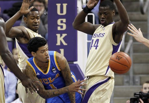 Terrence Ross, Washington rally to stun UCLA 71-69