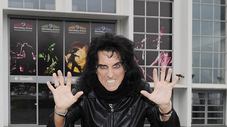 Alice Cooper's Hand Prints Added to Wembley Arena's Square of Fame