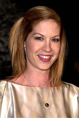 Premiere: Jenna Elfman at the Universal Amphitheatre premiere of Universal's Dr. Seuss' How The Grinch Stole Christmas - 11/8/2000