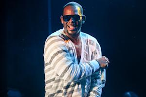 R. Kelly Compares Phoenix to the Beatles
