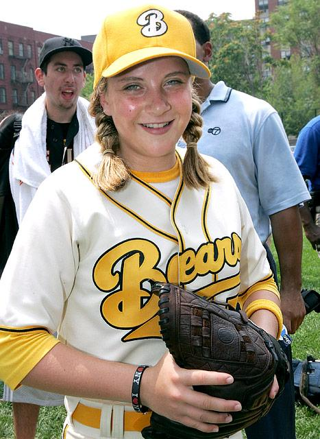 Bad News Bears Remake Star Sammi Kane Kraft Dies in Car Crash at Age 20