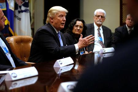 Trump's new EPA transition team draws from oil industry groups