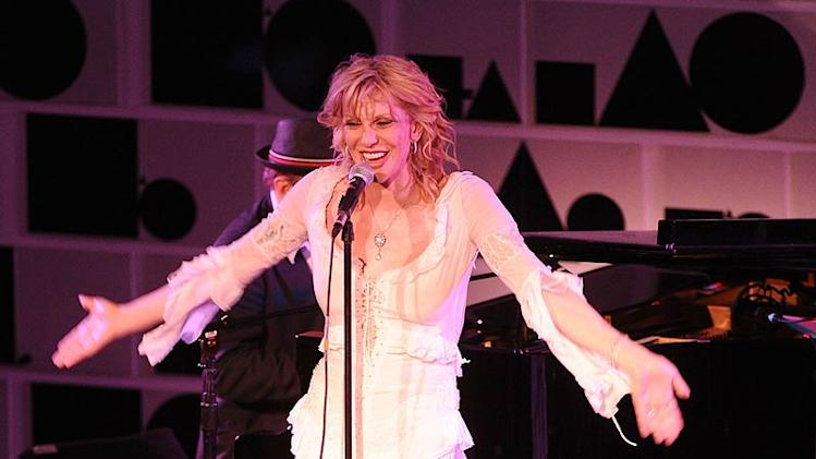 Courtney Love amfAR