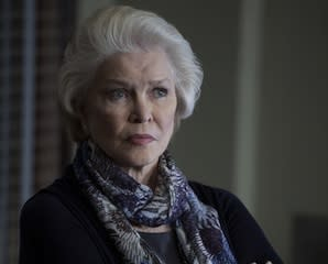 Casting News: Ellen Burstyn Joins USA's Political Animals, Parenthood Actress to Army Wives